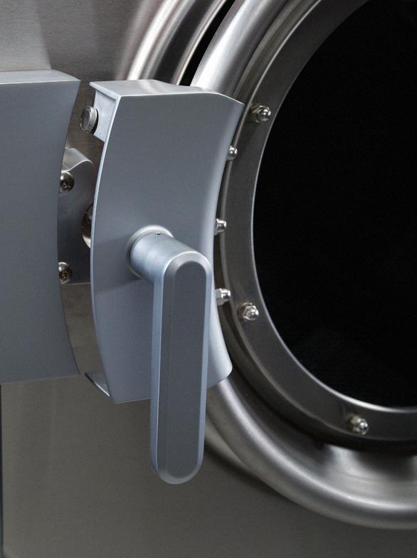 UW Hardmount industrial washer-extractor front door